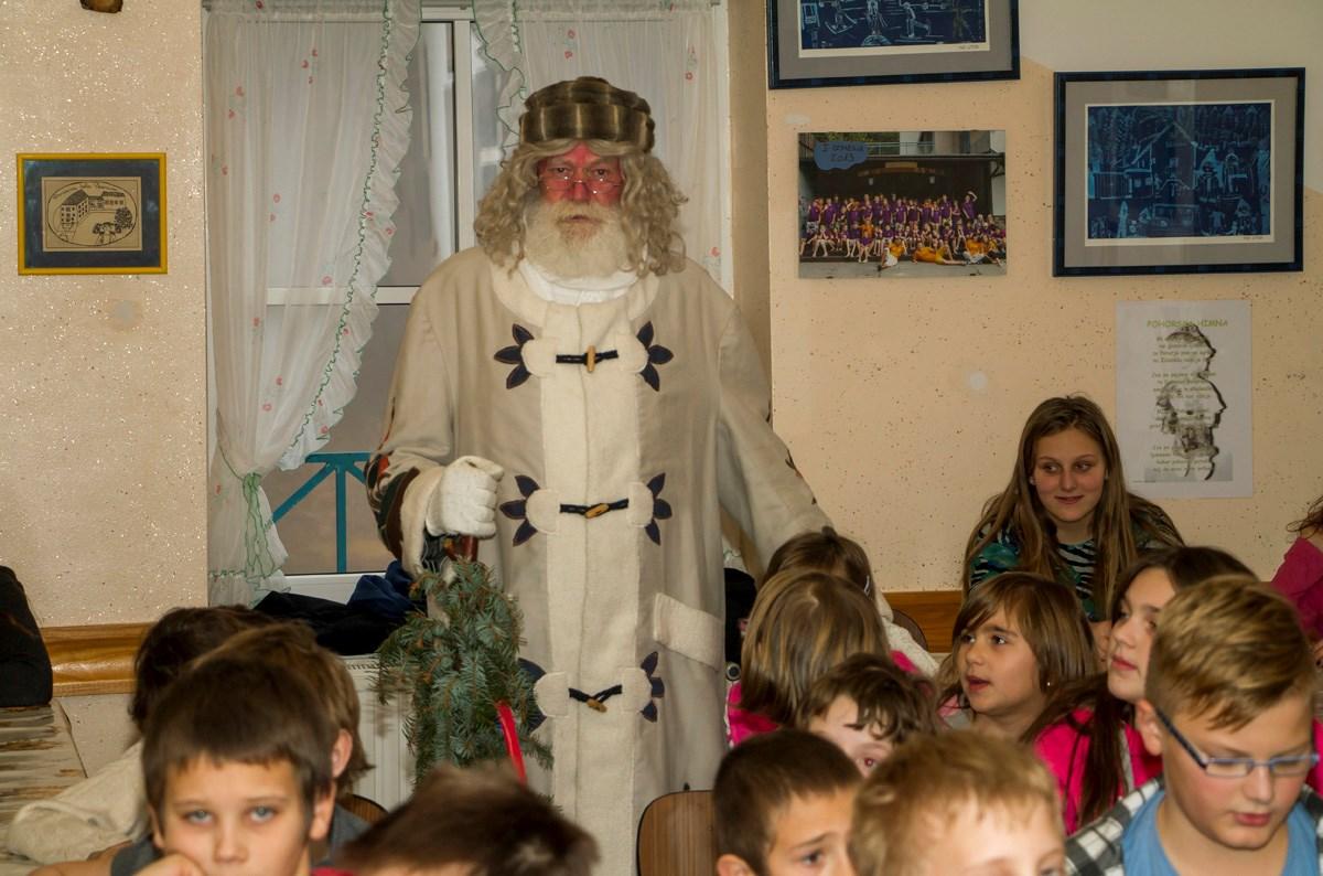 7 dedek Mraz (8)