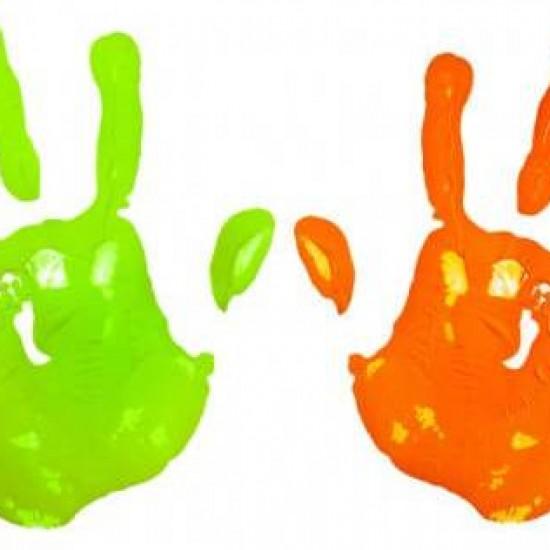MulticoloredChildHandPrint-550x419-o